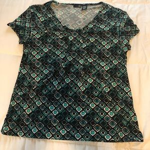 East 5th size Large EUC top